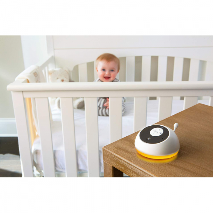 Motorola - MBP161 Timer Digital Audio Baby Monitor with Baby Care Timer - White 4